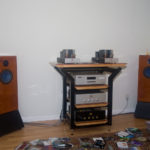 with AN-E Signature Stand фото с портала dastereo.ru